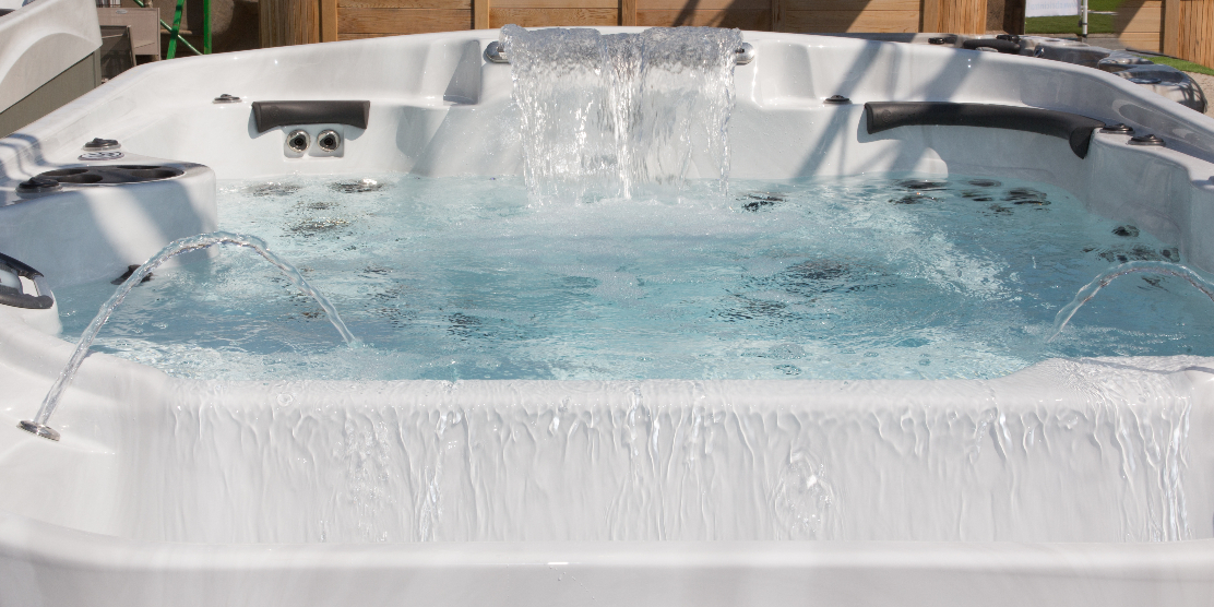 The best small hot tubs